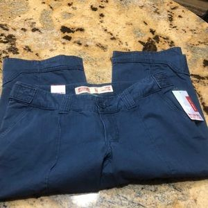 Brand new with tags size 11 navy capris